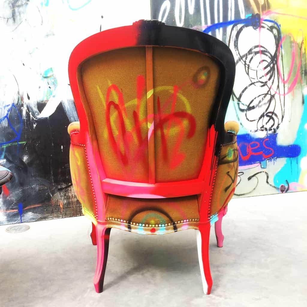 """Fauteuil customisé DONOMIQ dos """"Love Chair"""" 199"""