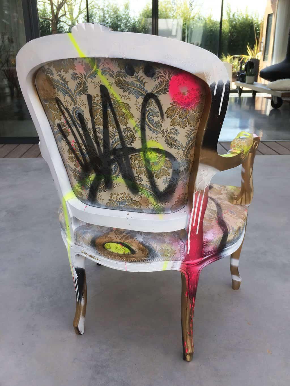 """Fauteuil customisé DONOMIQ dos """"Love Chair"""" 196"""