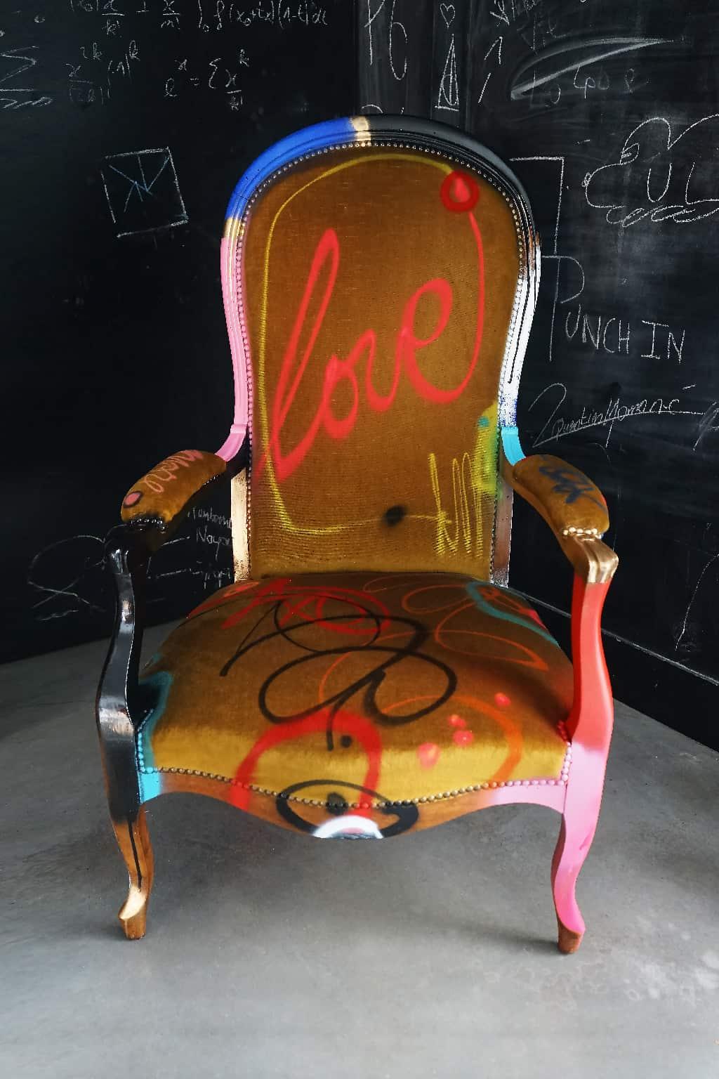 """Fauteuil customisé DONOMIQ face cuisine """"Love Chair"""" 194"""