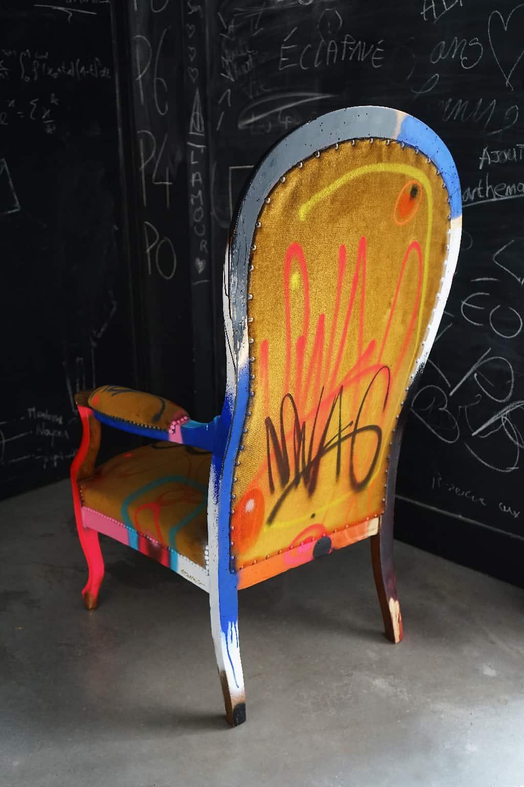 """Fauteuil customisé DONOMIQ dos cuisine """"Love Chair"""" 194"""