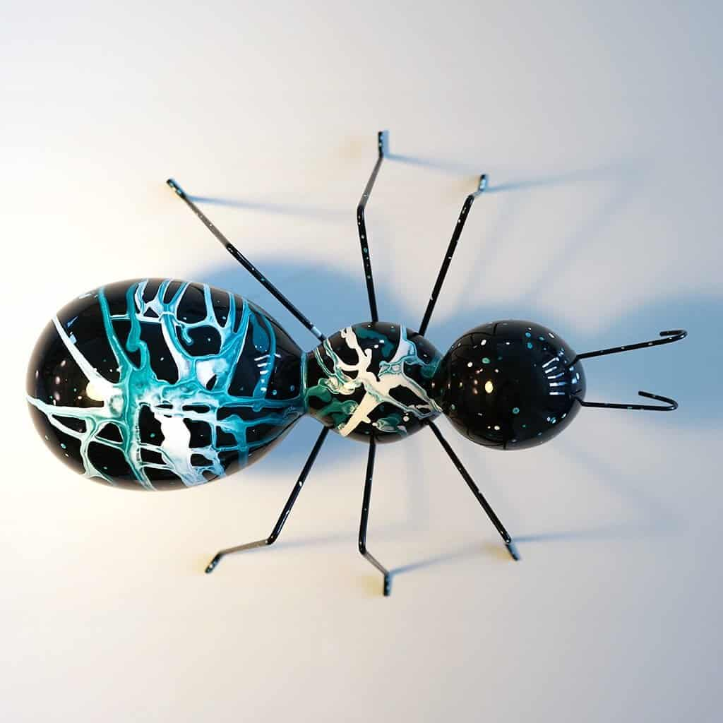 La fourmi turquoise 200€ - 03