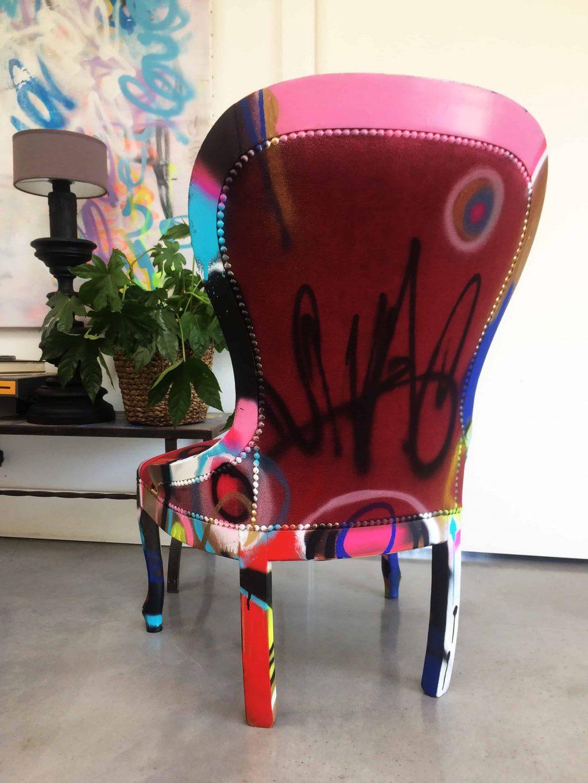 """Chaise customisée DONOMIQ bordeaux dos """"Love Chair"""" 193"""
