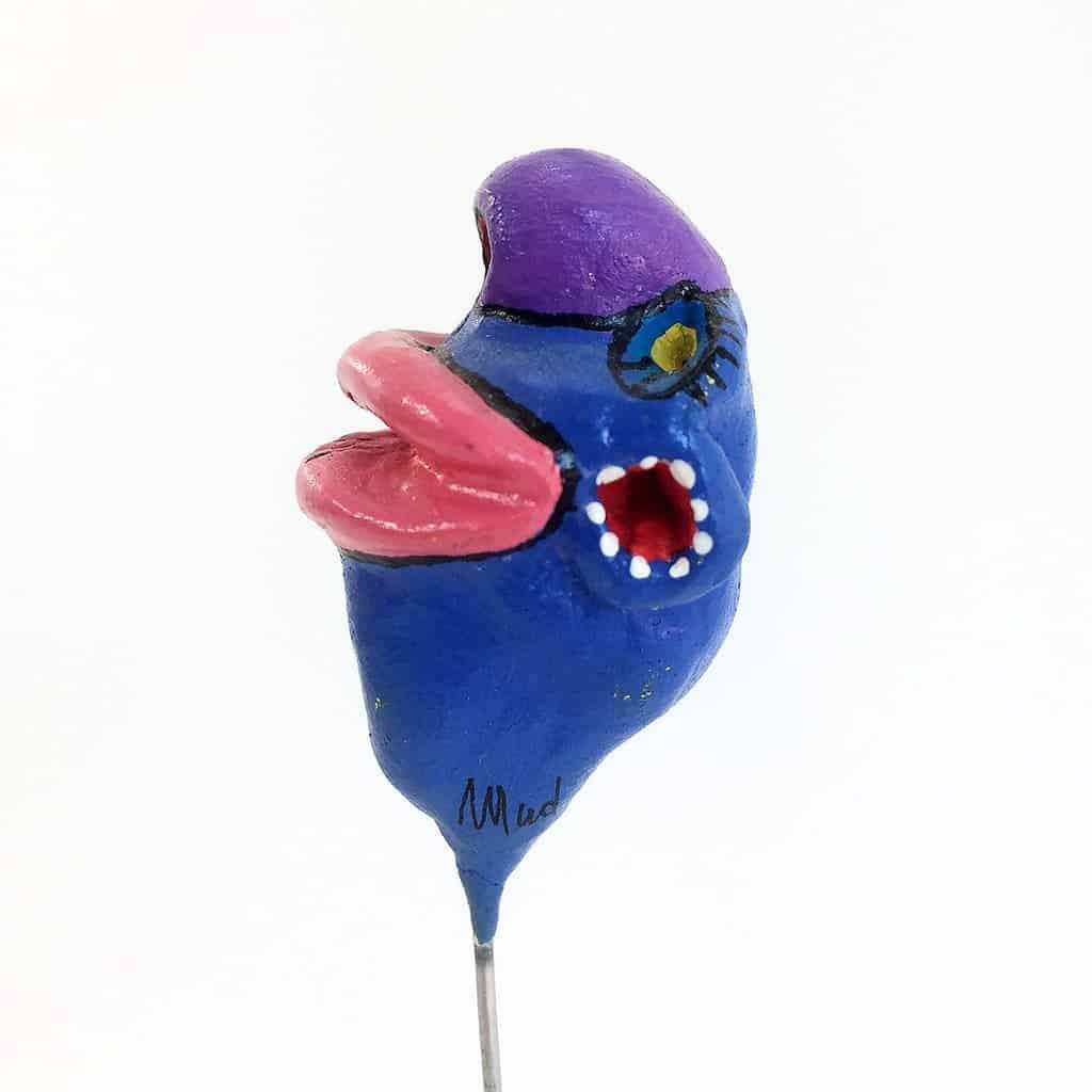 Tronche de Mud - t039 bleue bouche rose - 04