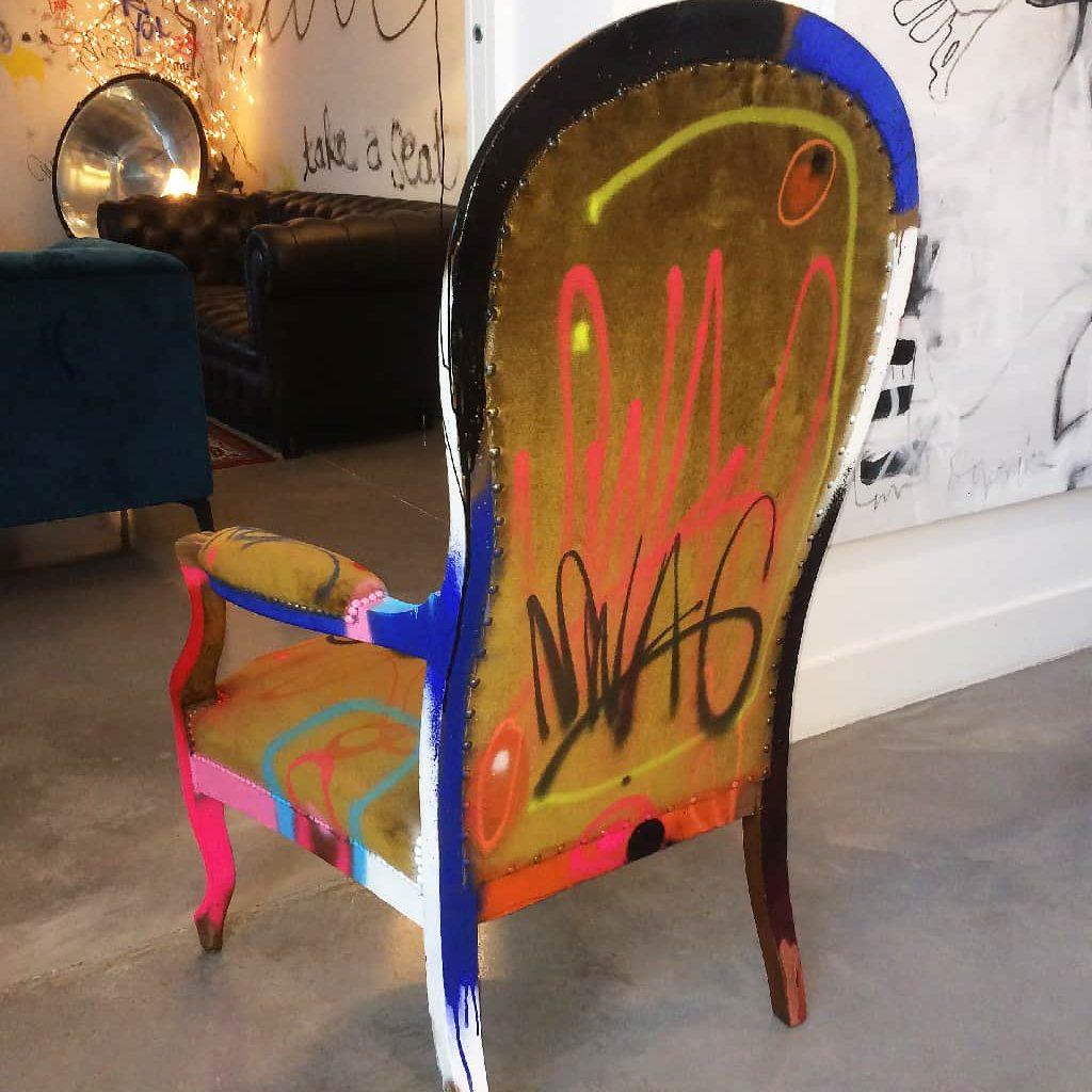 """Fauteuil customisé DONOMIQ dos """"Love Chair"""" 194"""